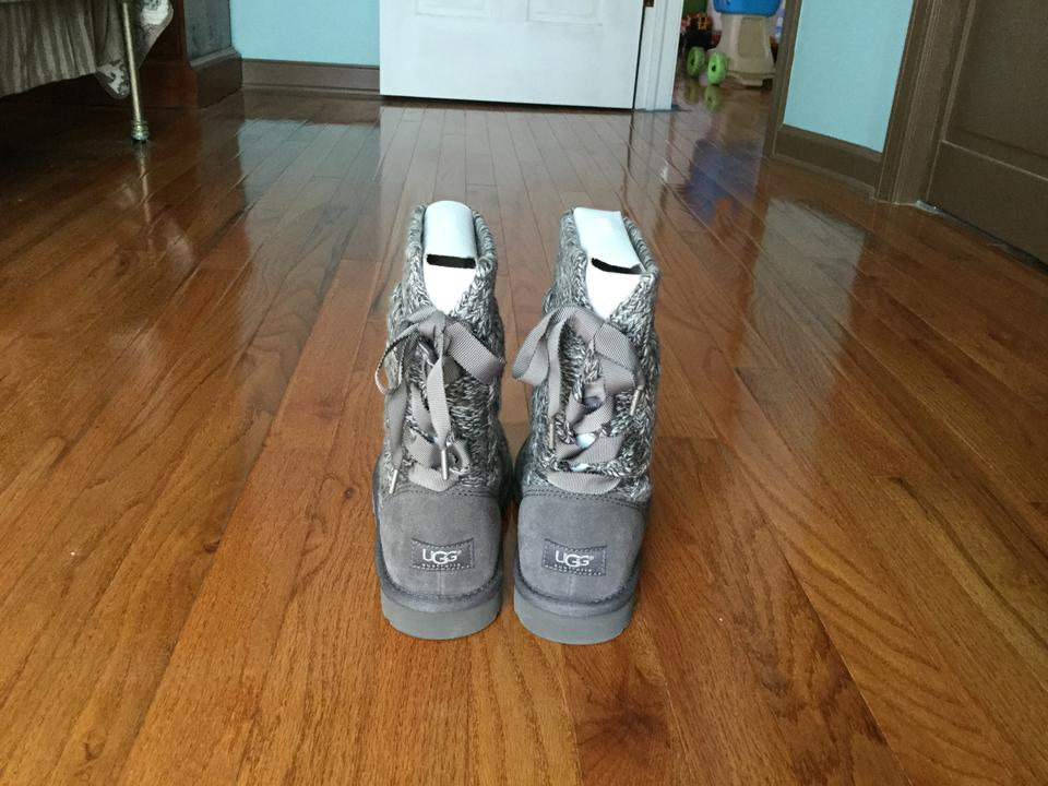 d164019050a UGG Australia Heather Gray Isla Boots/Booties Size US 7 29% off retail
