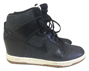 Nike Dunk Skyhi Sneakers Black Athletic