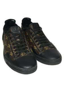 Louis Vuitton Lv Sneakers Brown and Black Athletic