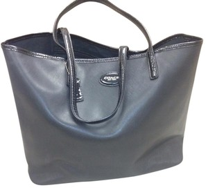 Coach Tote in Charcoal Gray & Black