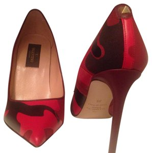 Valentino Red and black Pumps
