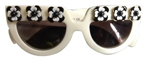 Prada Prada Irregular Flowers Sunglasses-Ivory