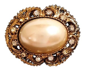 Vintage Crystals and Pearl Antiqued Brooch Pin Vintage Crystals and Pearl Antiqued Brooch Pin