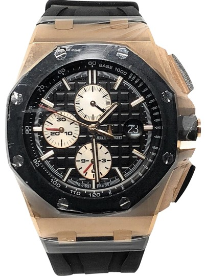 Preload https://img-static.tradesy.com/item/19412220/audemars-piguet-gold-case-black-strap-prestige-royal-oak-offshore-chronograph-watch-0-3-540-540.jpg