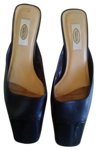 Talbots Navy leather/patent Mules