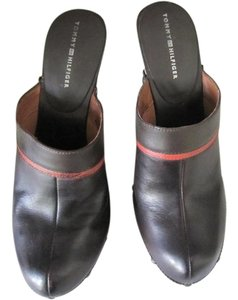 Tommy Hilfiger Wood Leather Studded Dark Brown Mules
