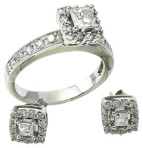 Other * Diamonds Ring and Earring Set.