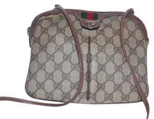 310e62829c214 Gucci Shades Of Accessory Col Removable Strap Body Clutch Excellent  Condition Cross Body Bag