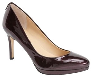 Ivanka Trump Dark purple Pumps