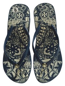 Tory Burch Thong Beach Navy Blue and White design Sandals