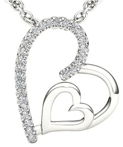 Elizabeth Jewelry 10Kt White Gold Diamond Heart Pendant