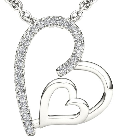 Preload https://img-static.tradesy.com/item/19415699/10kt-white-gold-diamond-heart-pendant-necklace-0-1-540-540.jpg