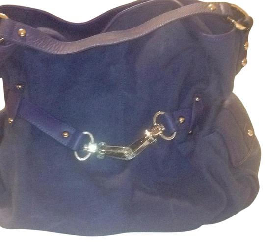 Preload https://img-static.tradesy.com/item/19415975/junior-drake-none-blue-denim-and-leather-satchel-0-1-540-540.jpg