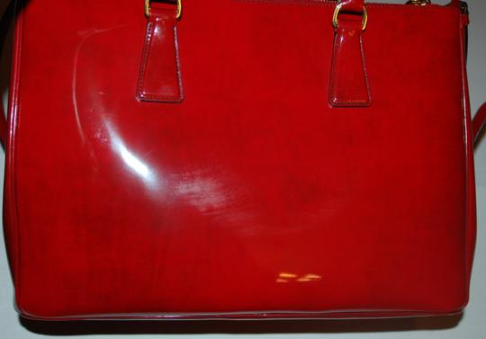Prada Patent Leather Patent Tote in red
