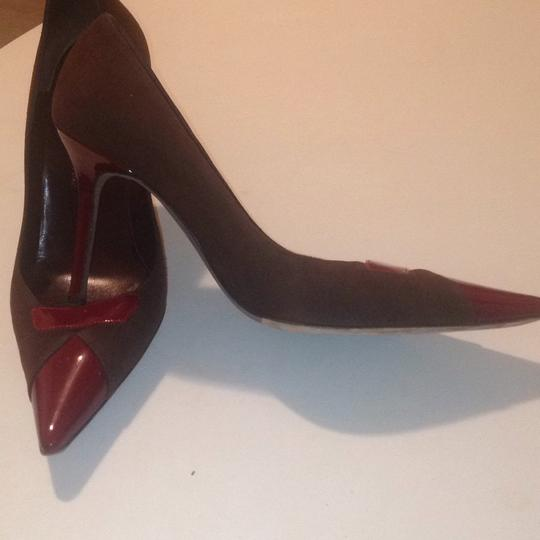 Gunmetal Brown & red Pumps