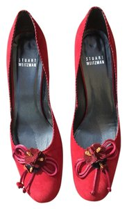 Stuart Weitzman Suede Floral Bow burgundy red Pumps
