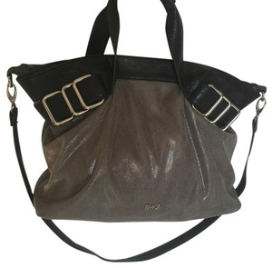 Romeo & Juliet Couture Faux Leather Snakeskin Silver Detachable Strap Zipper Satchel in Gray and Black