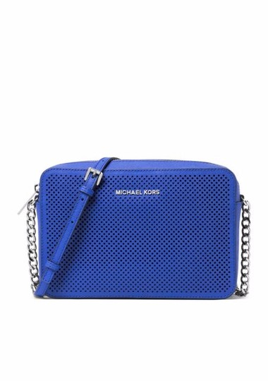 Preload https://img-static.tradesy.com/item/19416914/michael-kors-jet-set-travel-large-east-west-electric-blue-leather-cross-body-bag-0-1-540-540.jpg