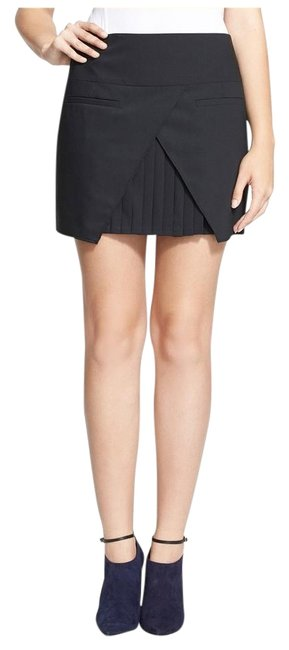 Preload https://img-static.tradesy.com/item/19417209/tibi-black-edie-tropical-wool-pleated-front-panel-miniskirt-size-0-xs-25-0-1-650-650.jpg