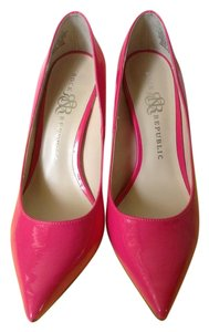 Rock & Republic Pink Pumps