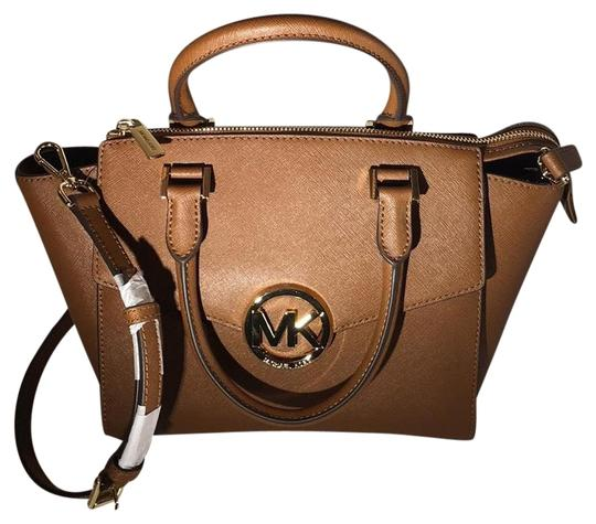 Preload https://img-static.tradesy.com/item/19417690/michael-michael-kors-luggage-satchel-cross-body-bag-0-1-540-540.jpg
