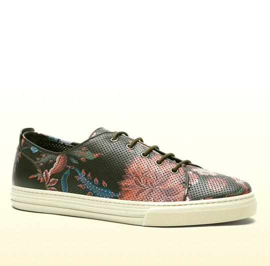 Preload https://img-static.tradesy.com/item/19418070/gucci-multi-color-3035-men-s-flower-print-leather-lace-up-342049-size-10-gus-105-shoes-0-0-540-540.jpg