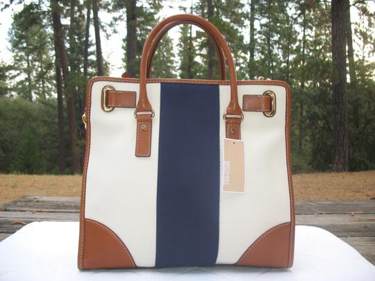 MICHAEL Michael Kors Handbag Striped Canvas Leather Chain Tote in Navy Cream