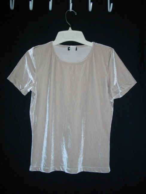 R I X Shimmering Pullover Stretch Small T Shirt Beige, Tan