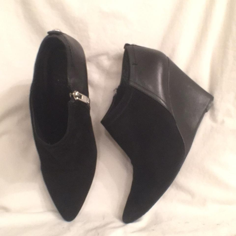 7c7229d5e2c Vince Camuto Black Wedge Ankle Kemper Suede Leather Boots/Booties Size US 8  Regular (M, B)