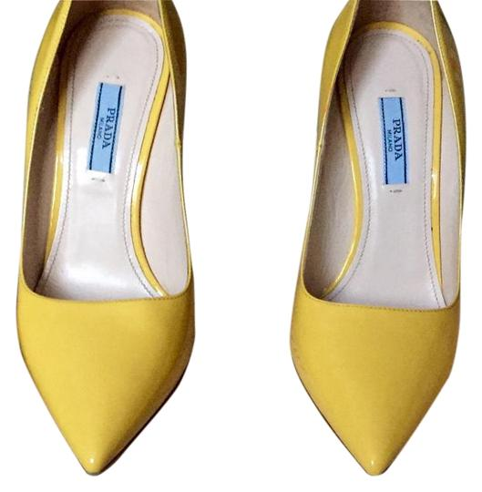 Preload https://img-static.tradesy.com/item/19423965/prada-yellow-11615d-pumps-size-us-6-regular-m-b-0-1-540-540.jpg