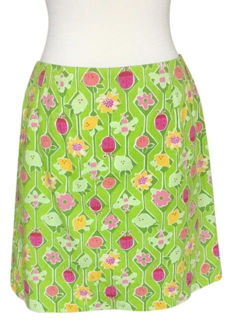 Preload https://img-static.tradesy.com/item/19424076/lilly-pulitzer-floral-skirt-size-8-m-29-30-0-1-650-650.jpg