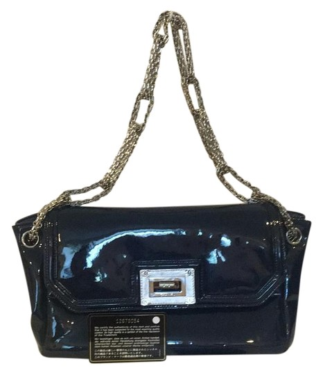 Preload https://img-static.tradesy.com/item/19424705/chanel-guaranteed-silvertote-made-in-italy-dark-blue-patent-leather-shoulder-bag-0-1-540-540.jpg