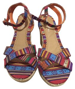 MIA Multi Wedges