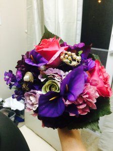 14 Purple And Pink Bouquets With Jewels