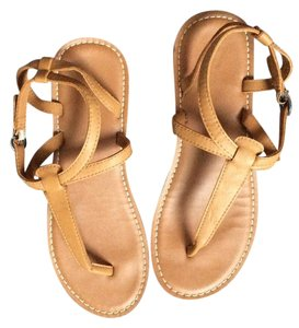 American Eagle Outfitters Abercrombie Pink Victorias Secret Chanel Tan Sandals