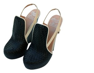 Alejandro Ingelmo Black Wedges