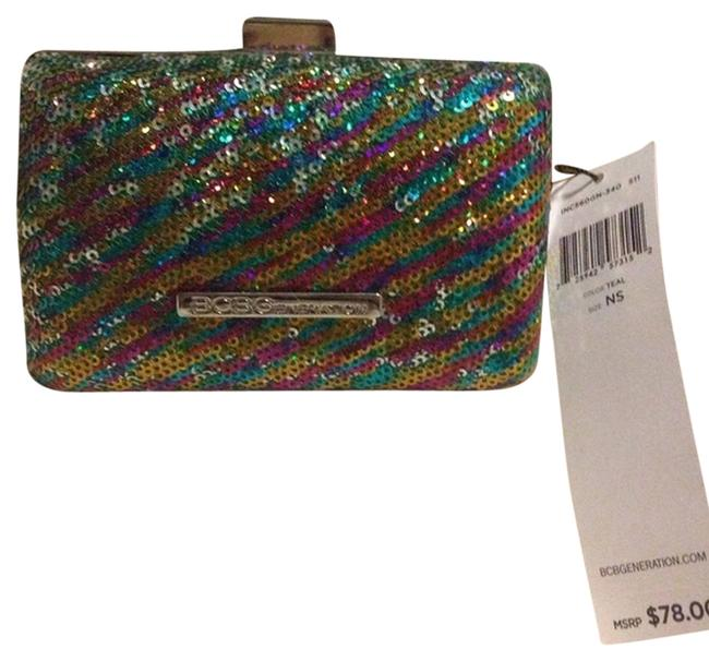 Item - Clutch Multi Color Metal/Sequins Wristlet