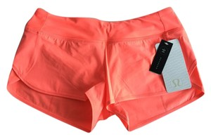 Lululemon NWT Women's Lululemon Speed Short H20 Grapefruit Orange Size 4
