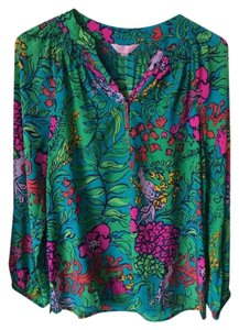 Lilly Pulitzer Silk Comfortable Top Shake Your Tailfeather