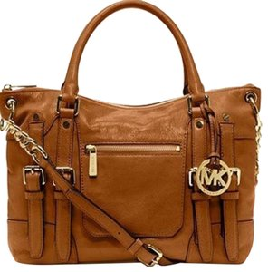 Michael Kors Satchel in Walnut Brown