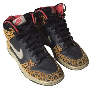 Nike Black/white/leopard Athletic