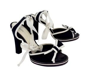 f93f848a6ad7b Marc Jacobs Black   White Canvas Lace Up Heels Sandals Size US 8.5 ...