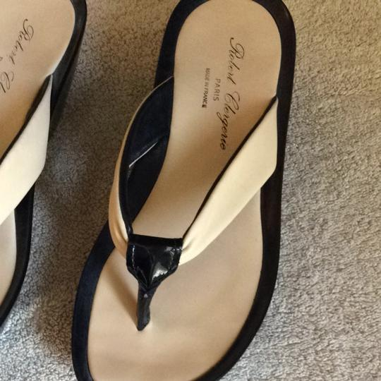 Robert Clergerie Beige/black Sandals