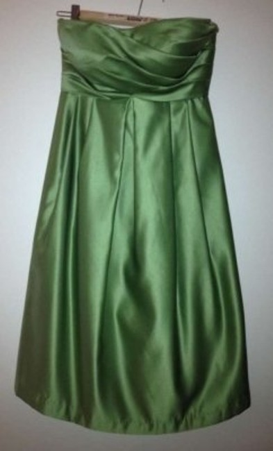 Item - Clover (Green) Polyester Style 370 Formal Bridesmaid/Mob Dress Size 4 (S)