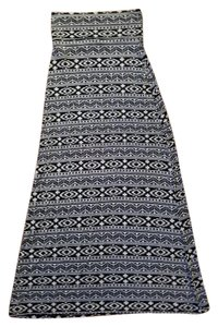 Charlotte Russe Maxi Aztec Rayon Soft Maxi Skirt Black and Ivory