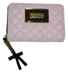 Betsey Johnson BLUSH /QUILTED DIAMONDS /BIFOLD WALLET