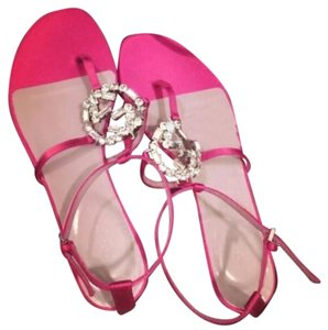 Gucci Fuchsia Sandals