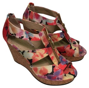 Adrienne Vittadini Multicolor Wedges