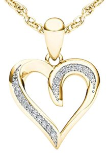 Elizabeth Jewelry 10Kt Yellow Gold Diamond Heart Shape Pendant