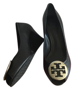 Tory Burch BLACK/ SILVER Pumps
